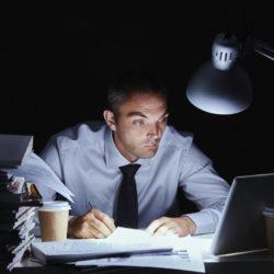 Как перестать работать сверхурочно? Боремся с вредным трудоголизмом